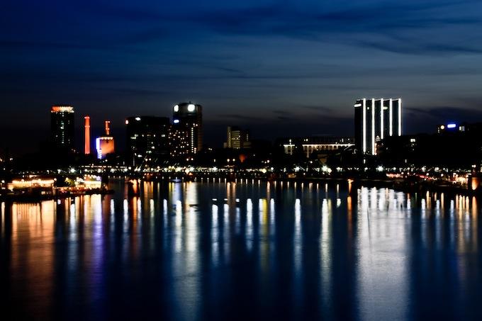 Frankfurt+1