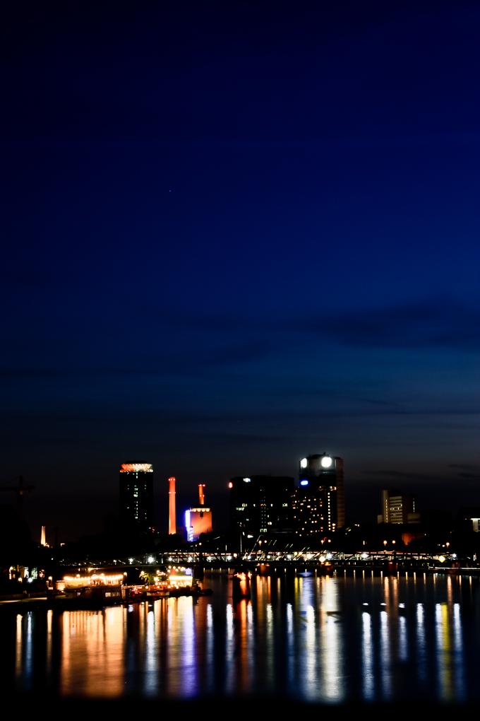 Frankfurt+4