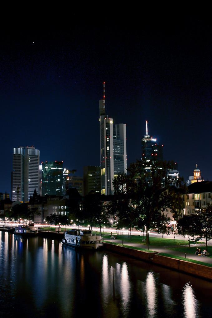 Frankfurt+6